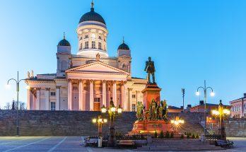 Сенатская площадь в Хельсинки