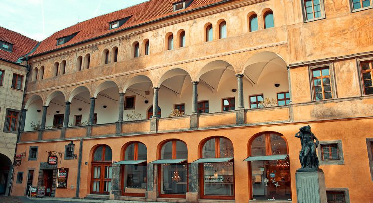 Тынский двор в Праге