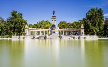 Парк Буэн-Ретиро Мадриде