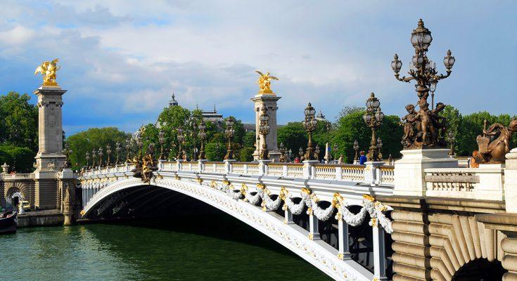 Мост Александра III в Париже