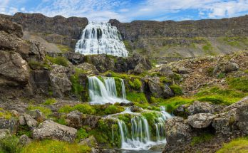 Водопад Диньянди в Исландии