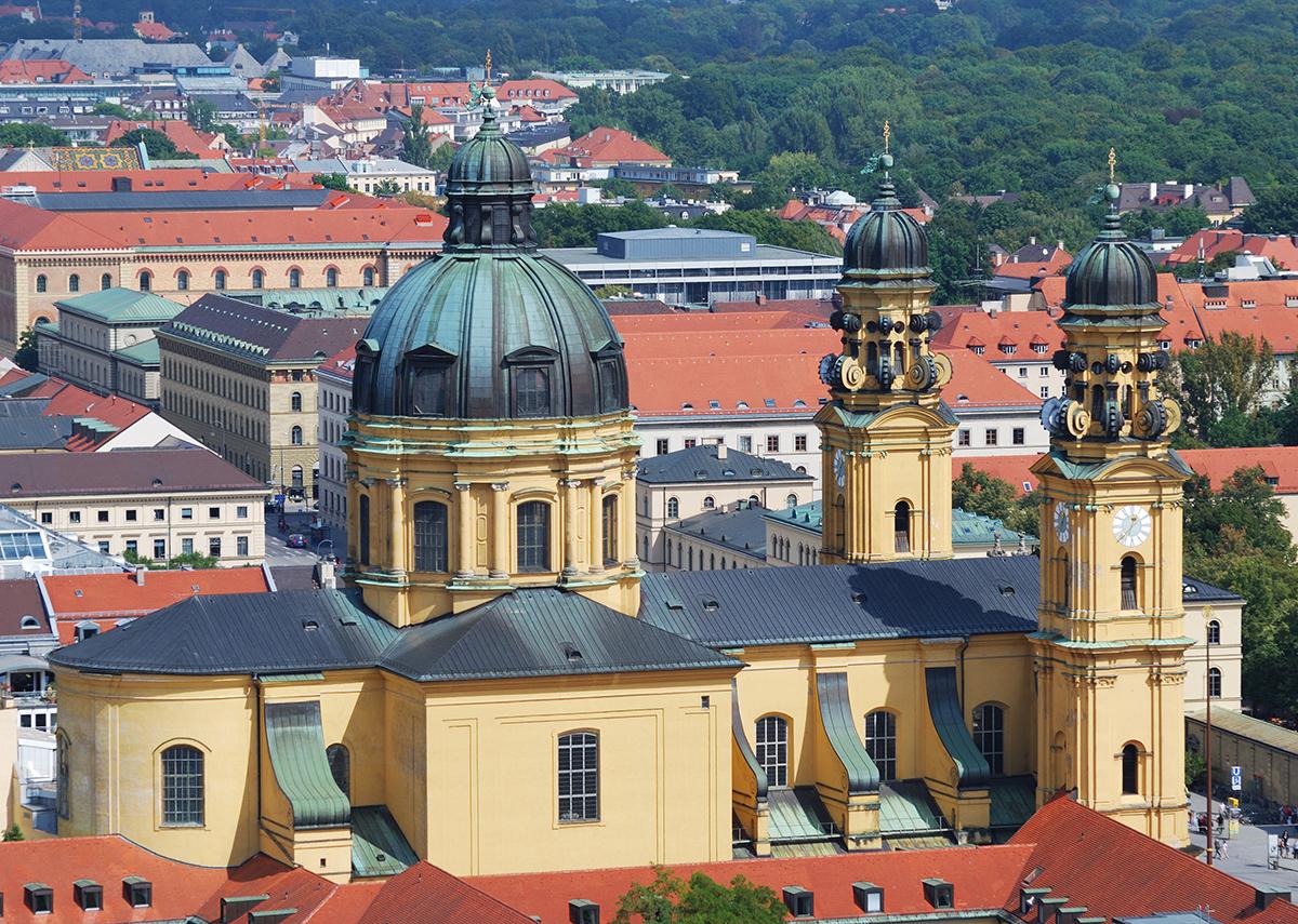 Театинеркирхе - католическая коллегиальная церковь Святого Каетана