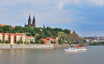 Базилика Святых Петра и Павла в Праге