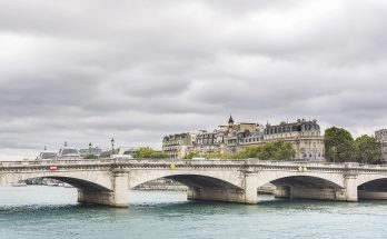 Мост Согласия в Париже